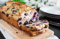 Blueberry-Banana Bread – Delicious recipes to cook with family and friends. Blueberry Banana Bread, Banana Bread Recipes, Muffin Recipes, Diabetic Desserts, Healthy Desserts, Healthy Breads, Healthy Recipes, Weight Watchers Meals, Sweet Bread
