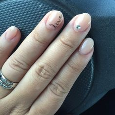 short acrylic nails - Google Search