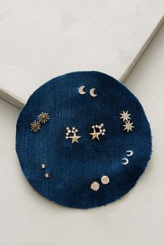 Slide View: 1: Mara Earring Set