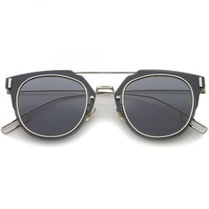 • Description • Measurements • Another wonderful addition to our flat lens pantos collection, these avant-garde inner-rimmed deconstructed pantos shaped sunglasses are engineered with a feather-light construction frame. Modern features also include ultra slim wired hook temples, double-bridged brow, and a flat lens for a stylish flush look. Made from a metal wire based frame, English style nose pieces and UV400 protected polycarbonate mirrored lens. • Lens Width: 58mm Nose Bridge: 18mm Lens…