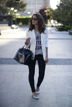Casual White blazer outfit