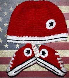 Crochet Converse, Crochet Baby Shoes, Crochet For Boys, Newborn Crochet, Crochet Baby Booties, Cute Crochet, Boy Crochet Patterns, Baby Shoes Pattern, Baby Boy Shoes