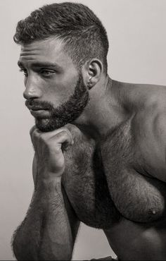 Ah, real men have hair! Male Chest, Hairy Chest, Male Face, Male Body, Moustache, Great Beards, Bear Men, Hommes Sexy, Black And White Man