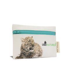 Necessaire Baby Leopardo, Baby Tigre   Pequena www.usenatureza.com #UseNatureza #JeffersonKulig #moda #fashion #bolsa #natureza