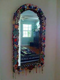 La Todera: Jewelry Mirror