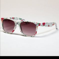 31e022f367f2 Sunglasses wholesaleage.com 2013 brand jewelry online shop best customer  service American Eagle Sunglasses