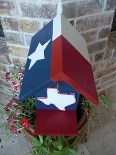 Texas Flag Birdhouse.