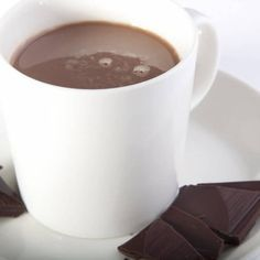 Get cozy with my hot chocolate Hot Chocolate Recipes, Vodka, Smoothies, Beverages, Drinks, Vanilla, Pure Products, Tableware, Amazing