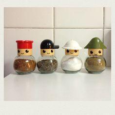 Especieros Bath Room, Planter Pots, Creative, Spice, Little Cottages, Cooking, Bathroom, Plant Pots