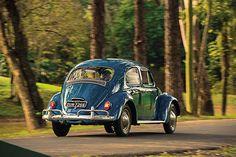 Segunda reportagem do especial sobre os 60 anos da indústria de carros no Brasil. Reencontre os anos 1960 com a simplicidade que convenceu o mundo