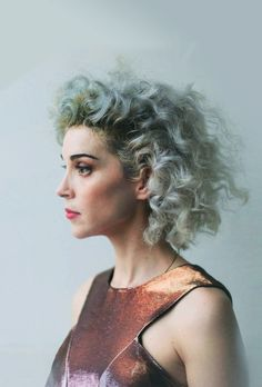 St. Vincent - DIY Magazine - March 2014 I love St. Vincent. I love her music, hair, and her style. She is just amazing// agreed! Just got into her music and I am amazed.