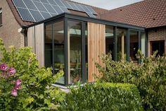 Moderne tuinkamer in staal