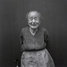 Hiroh Kikai, A smiling old lady, 1986