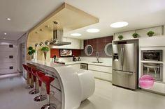 21 Cozinhas Americanas Modernas! Veja Modelos de Bancadas e de Banquetas Lindas!