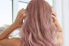 This article will explore some of the best oily hair shampoos you can invest in as well more behind how they can help you. Oily Hair Shampoo, Best Dry Shampoo, Best Shampoos, Natural Shampoo, Dye My Hair, Hair A, Hair Type, Beauty Life Hacks Videos, The Best