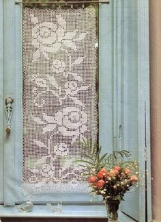 Crochet and arts: curtains with roses