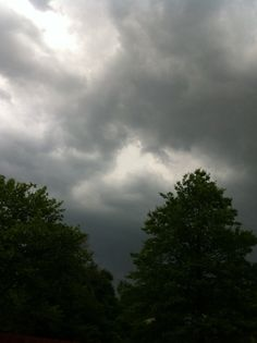 Another brewing storm pic happening right now 6/3/14, SI NY