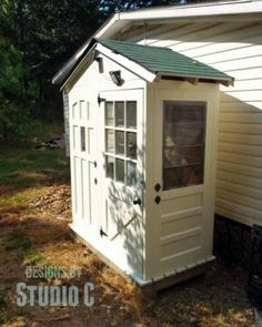 57-003 - Shed With Old Door Walls PDF - Woodworkersworkshop® Online Store