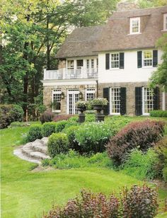 the Garden with Stacy Bass Alease Fisher Tallman house in Greenwich, CTAlease Fisher Tallman house in Greenwich, CT Backyard Buildings, House Goals, Cottage Homes, My Dream Home, Curb Appeal, Exterior Design, Future House, Beautiful Homes, Home And Garden