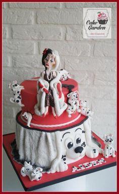 """Cruella De Vil: """"I want spots on my fur!"""" by Cake Garden Houten / lalique1"""