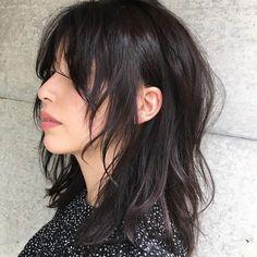 ロングのウルフカットの女性 Cut My Hair, New Hair, Hair Cuts, Hairstyles Haircuts, Pretty Hairstyles, Medium Hair Styles, Curly Hair Styles, Short Grunge Hair, Short Punk Hair