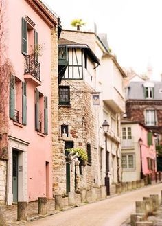 Street in Montmartre, Paris, France. I Love Paris! Montmartre Paris, Paris Paris, Pink Paris, Paris City, Places Around The World, Oh The Places You'll Go, Places To Travel, Around The Worlds, Places To Visit