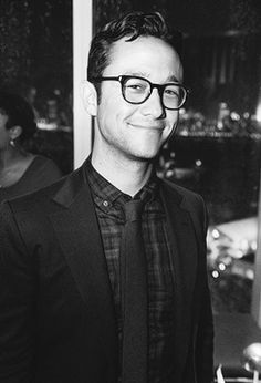 jgl. in glasses.