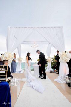 DANIELLE & ANTHONY | Fontainebleau Miami Beach - Wedding Photography by @munozstudio #fontainebleau #somethingbleau #wedding #ceremony #outdoorwedding #miamibeach Wedding Planner: @carriezack