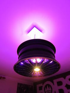Wheel rim lamp! That's a nice idea!! This blog is interesting, take a look!