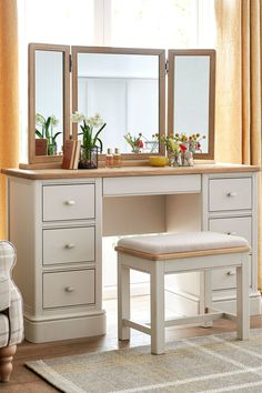 Buy Hampton Storage Dressing Table from the Next UK online shop - Modern Dressing Table Design, Dressing Table Vanity, Dressing Tables, Dressing Table With Storage, Furniture Knobs, Furniture Design, Deco Furniture, Handmade Drawers, Modern Country Style