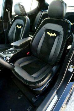 Photographs of the 2013 Kia Batman-Inspired Optima Concept. An image gallery of the 2013 Kia Batman-Inspired Optima Concept. Batman Car, Batman Love, Superman, Batman Stuff, Batman Robin, Aquaman, Peugeot, Jetta A4, Nananana Batman