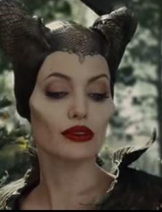 Sleeping Beauty 2014, Maleficent Movie, Power Of Evil, Disney Villains, Eye Shadow, Fantasy, Eyes, Disney Princess, Halloween