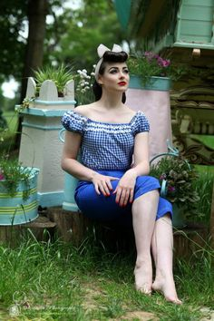 Welcome to FY Pinup Style! Here, I will post rockabilly, pinup and out of the box style for us all to be inspired. Click *here* to submit photos of your pinup style and I will happily post them Pin Up Vintage, Retro Pin Up, Vintage Girls, Vintage Looks, Vintage Outfits, Vintage Style, Vintage Princess, Vintage Hair, Vintage Modern