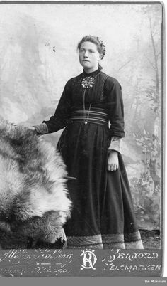Bø Museum Antique Photos, Old Photos, Vintage Photos, Fjord Horse, Norse Pagan, Victorian Costume, Folk Costume, Nordic Style, Summer Colors