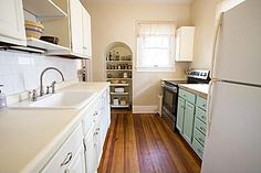 I adore older kitchens! #Zillow