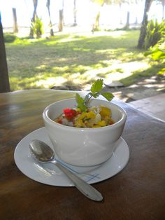 Ceviche in Costa Rica - yum! Ceviche, Costa Rican Food, Vegan Recipes, Cooking Recipes, Yummy Food, Tasty, Dinner Sides, Side Dishes, Veggies
