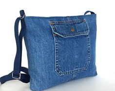 Denim crossbody bag , recycled jean purse , upcycled blue denim travel bag , teen girls denim purse,Jean shoulder bag,top zip side bag