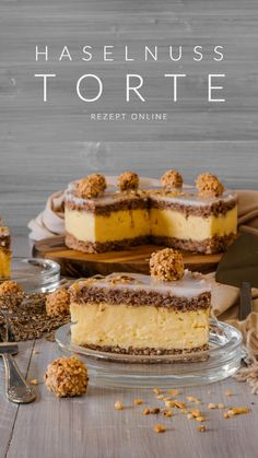 Haselnuss Torte – Ahalni Sweet Home Beautiful creamy hazelnut cake, easily and quickly prepared. Healthy Muffins, Healthy Desserts, Torte Au Chocolat, Strawberry Oatmeal Bars, Almond Shortbread Cookies, Desserts Sains, Hazelnut Cake, Blueberry Recipes, Yummy Appetizers