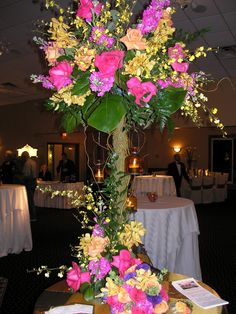 Photograph by Blooming Floral Designs from LIWeddings.com