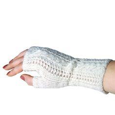 Pirkko-kynsikäs Knitting Socks, Knit Socks, Knit Or Crochet, Fingerless Gloves, Arm Warmers, Mittens, Knits, Life, Fashion