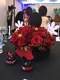 Disney Home, Table Decorations, Furniture, Home Decor, Decoration Home, Room Decor, Home Furnishings, Home Interior Design, Dinner Table Decorations