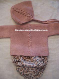 Jersey con coleta central Capota a juego Cubrepañal estampado Realizado en lana especial bebés Hecho a mano