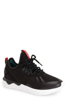 finest selection 52ab0 29d41 adidas  Tubular Runner Weave  Sneaker (Men) Chanclas, Estilo Masculino,  Gorras