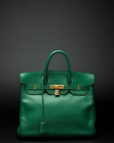 Chloe handbag in fab green.