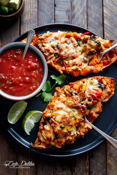 Twice Baked Chicken Fajita Sweet Potatoes | http://cafedelites.com