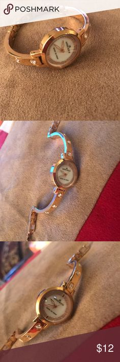 Rose Gold Anne Klein Watch Has crystal accents. Just needs battery!  (I've had it changed @ Walmart) Anne Klein Jewelry