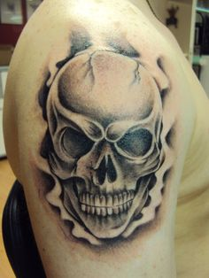 Skull Tattoo by crowcnil