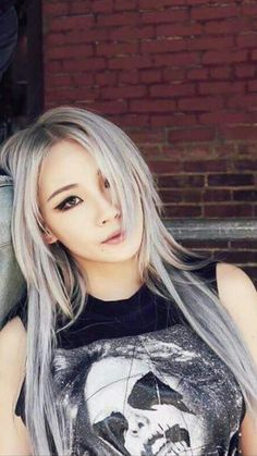 Image de CL, and kpop Kpop Girl Groups, Korean Girl Groups, Kpop Girls, Cl Rapper, K Pop, Chaelin Lee, Blonde Asian, Curly Blonde, Lee Chaerin