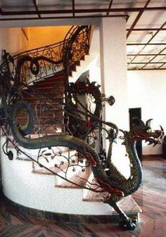 Fantastic Dragon bannister. If I were rich I would have this!  photo from fairies, dragons, and other mythological creatures