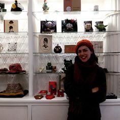 Hoy hemos estado conversando con Penelope Sariñena, propietaria de Brigandoon, una tienda dedicada a los creadores y diseñadores independientes (calle San Miguel 50, Allue Salvador) #zaragoza